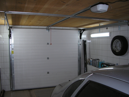 смонтированные автоматические гаражные ворота Дорхан