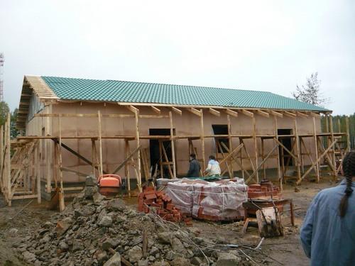 почти готовый каркасный дом