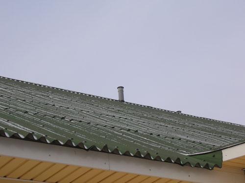 Вентиляция дома на крыше