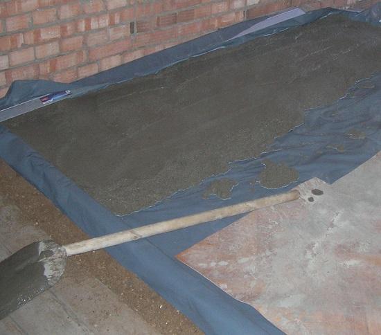 заливка пола бетоном своими руками