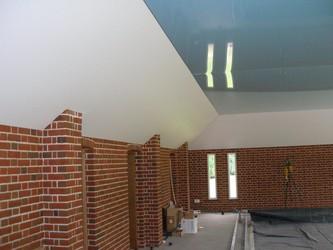 потолок глянцевый или матовый