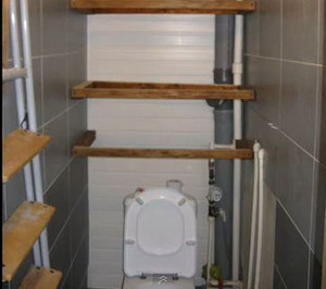 Как сделать полку для туалета своими руками