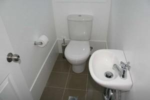 сколько стоит ремонт туалета