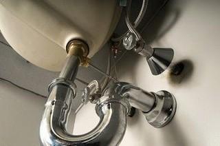 трубы в ванной и туалете
